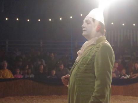The white-faced clown. The Boss (Nino's nemesis).